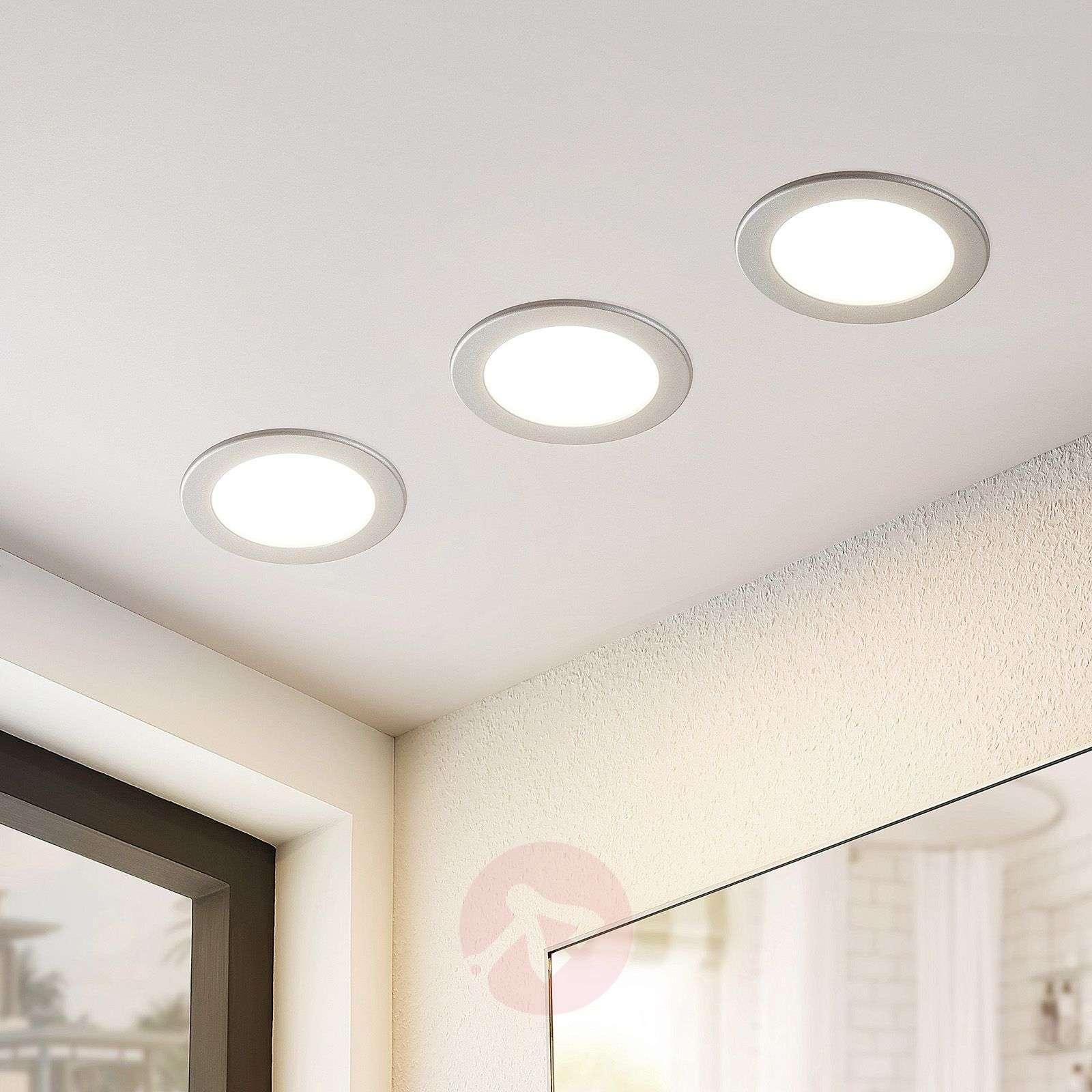 Pyöreä, hopeanvärinen Joki-LED-uppovalo-9978046-02