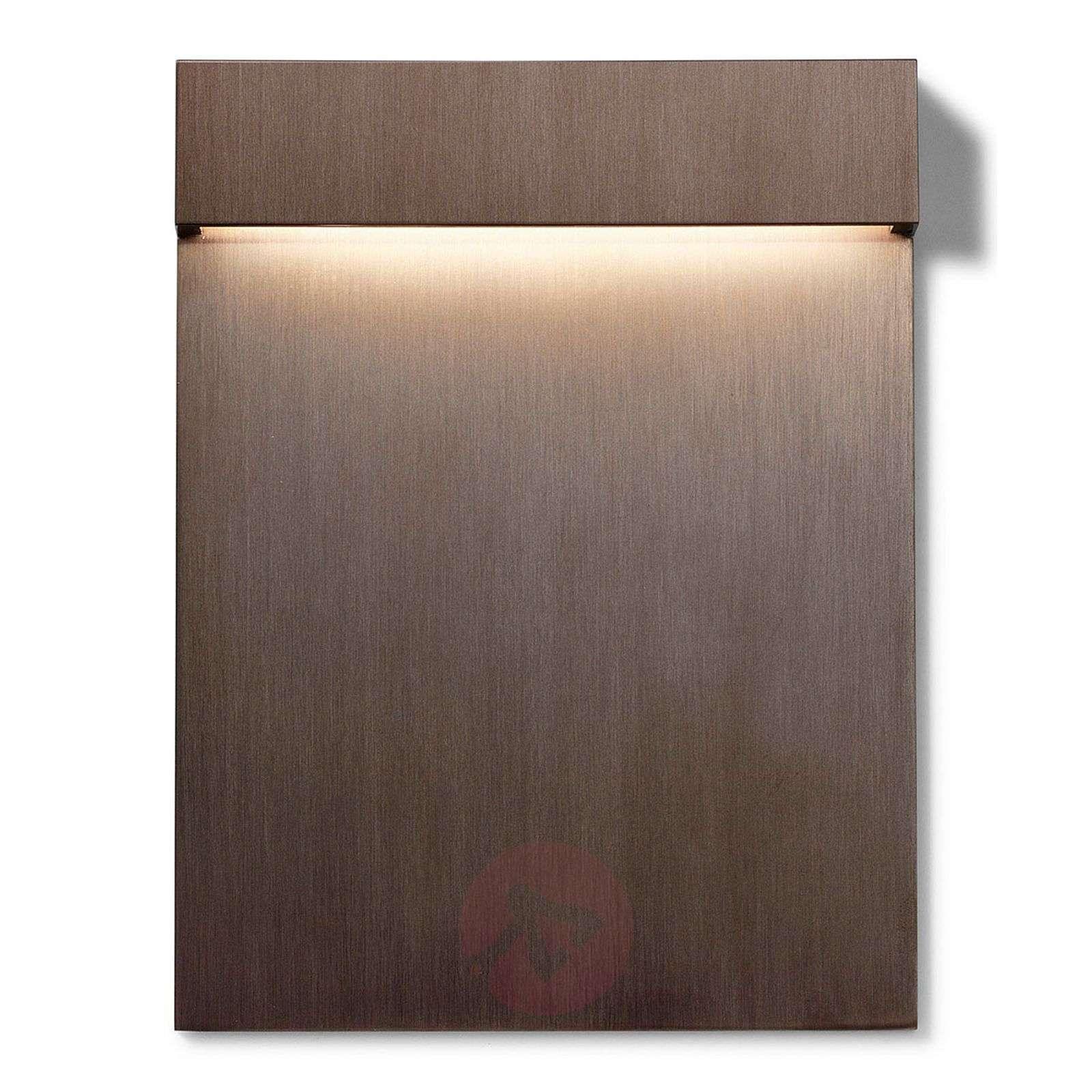 Real Matter – ultralitteä LED-seinäuppovalaisin-3510410X-01
