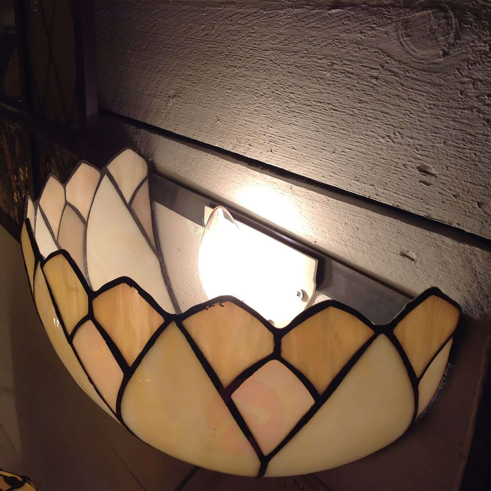 Seinävalaisin Liliana Tiffany-tyyliä-6064079-01