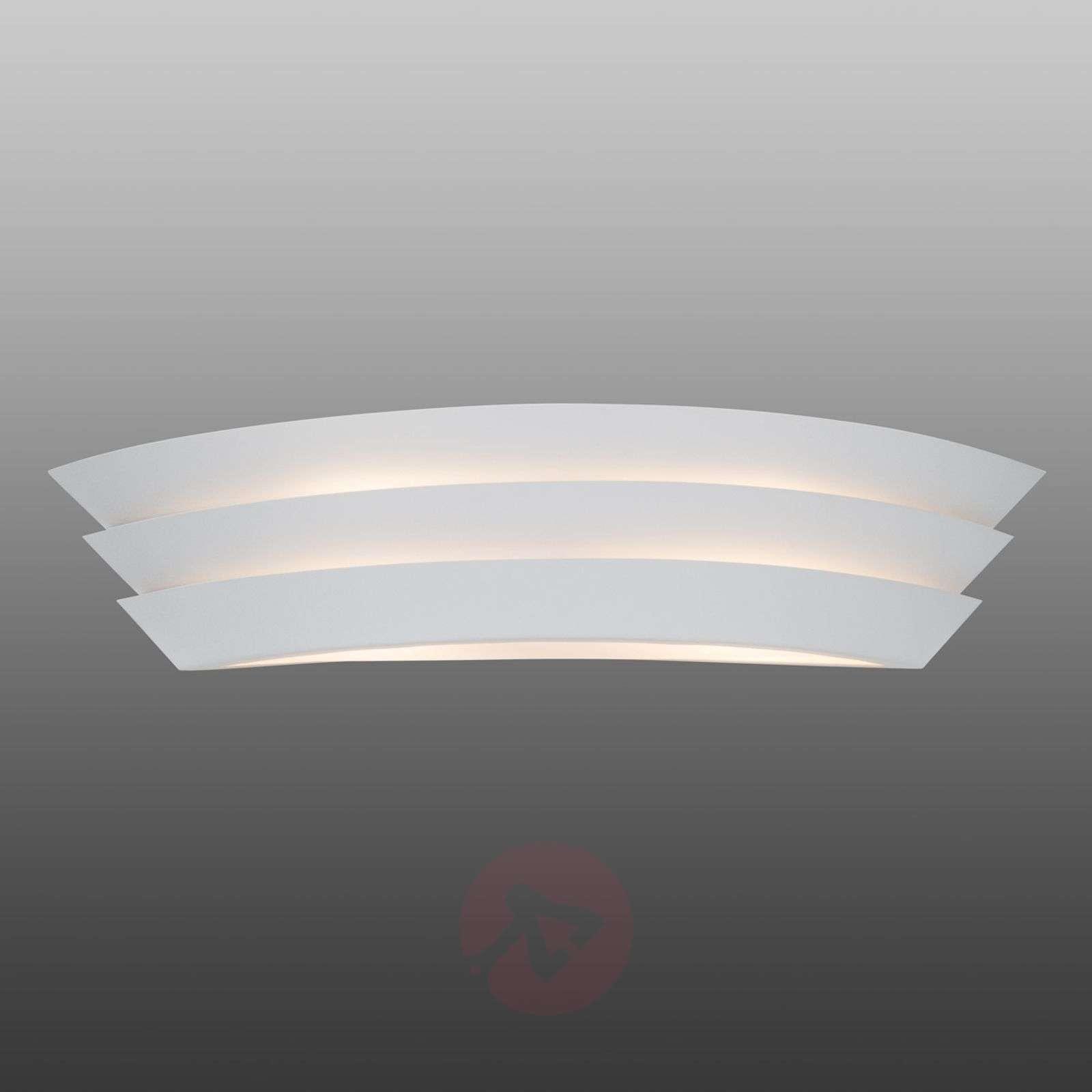 Ship seinävalaisin kauniilla valoefekteillä-1508947-01