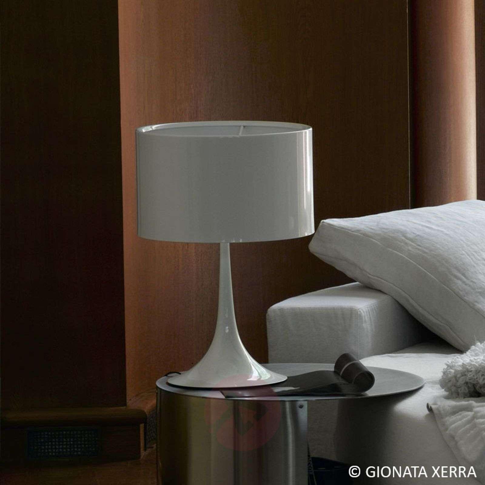 SPUN LIGHT T2 valkoinen pöytävalaisin FLOSilta-3510116-02