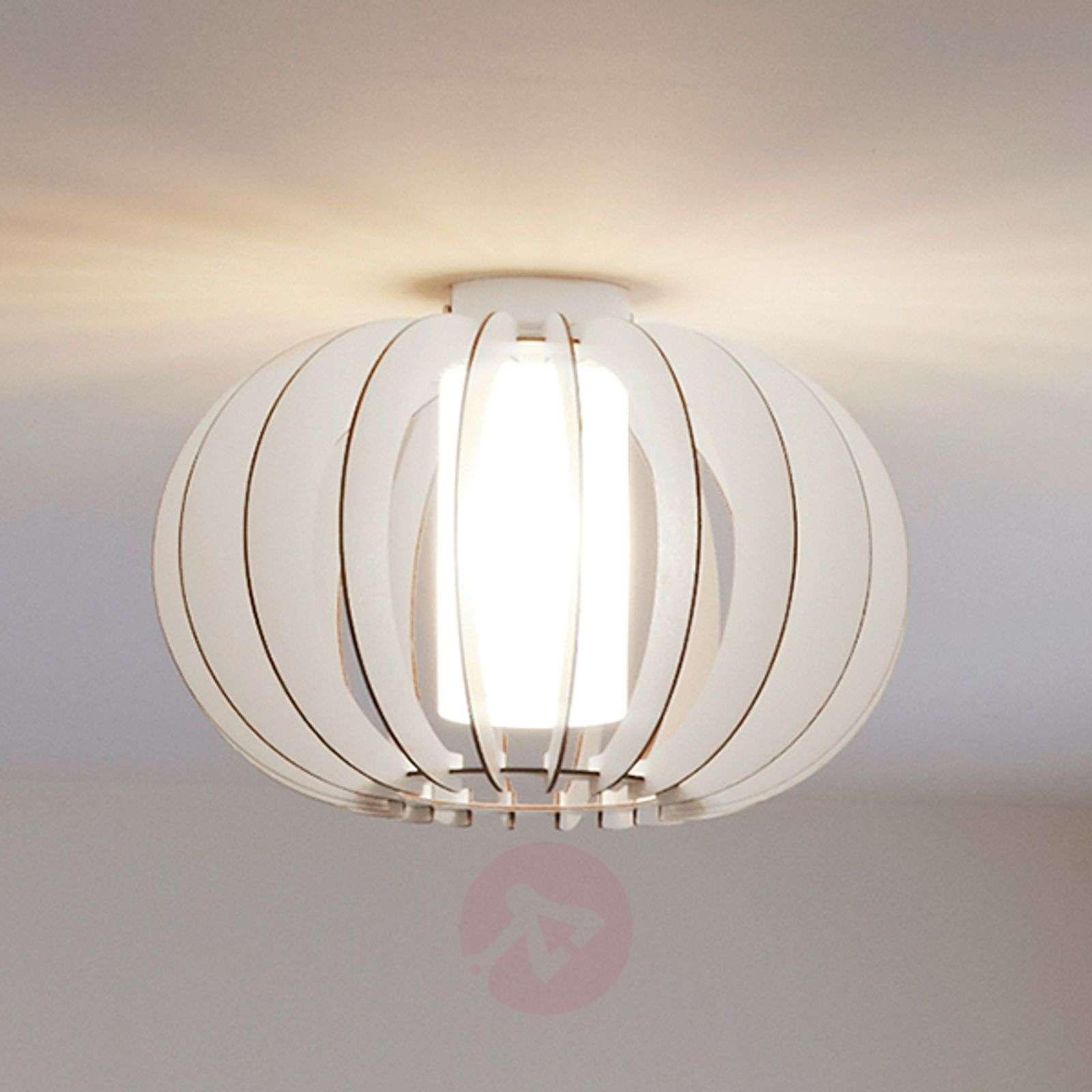 Stellato – pyöreä puinen kattovalaisin valkoisena-3031893-01