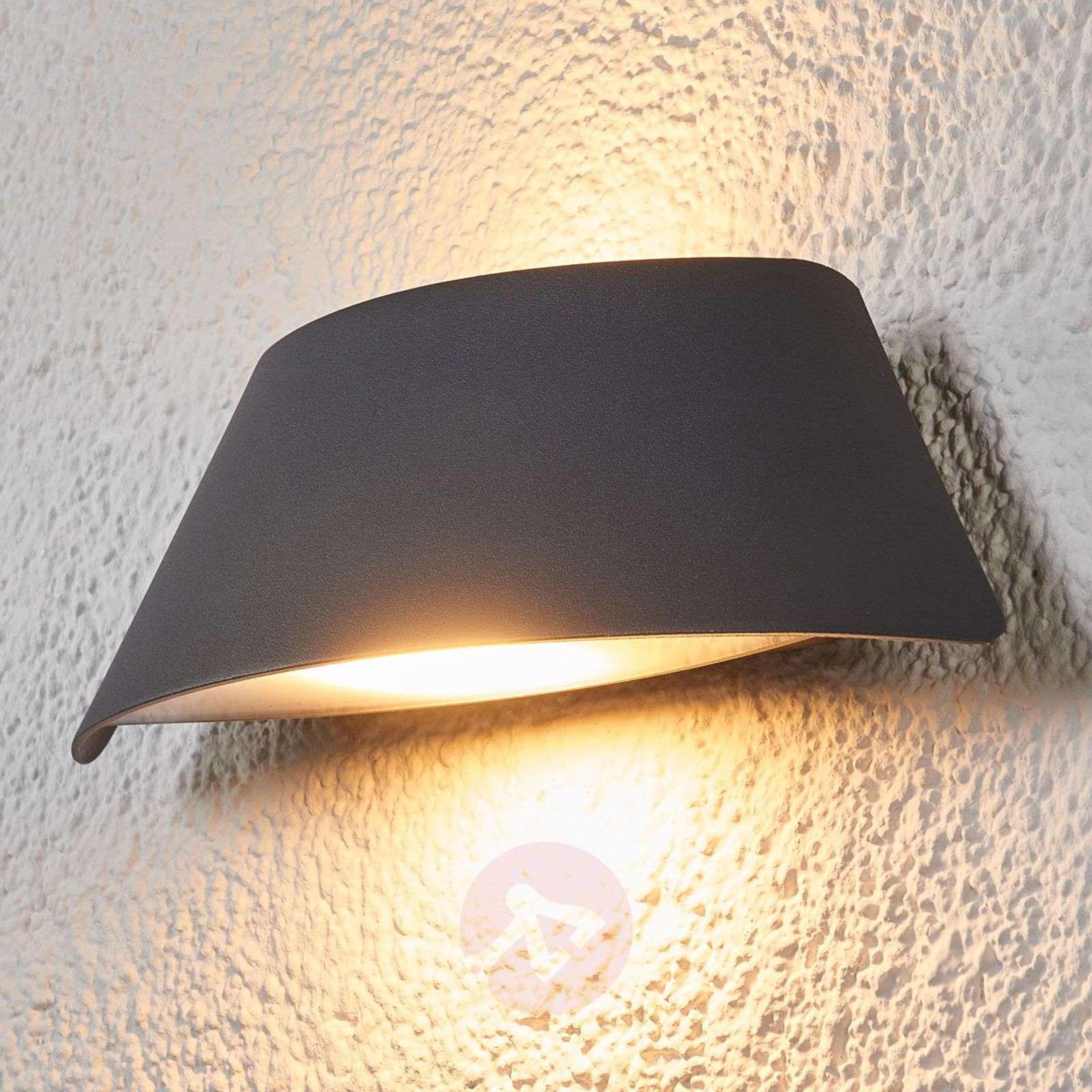 Suunnikasmainen Glen-ulkoseinävalaisin LED IP65-9617039-02