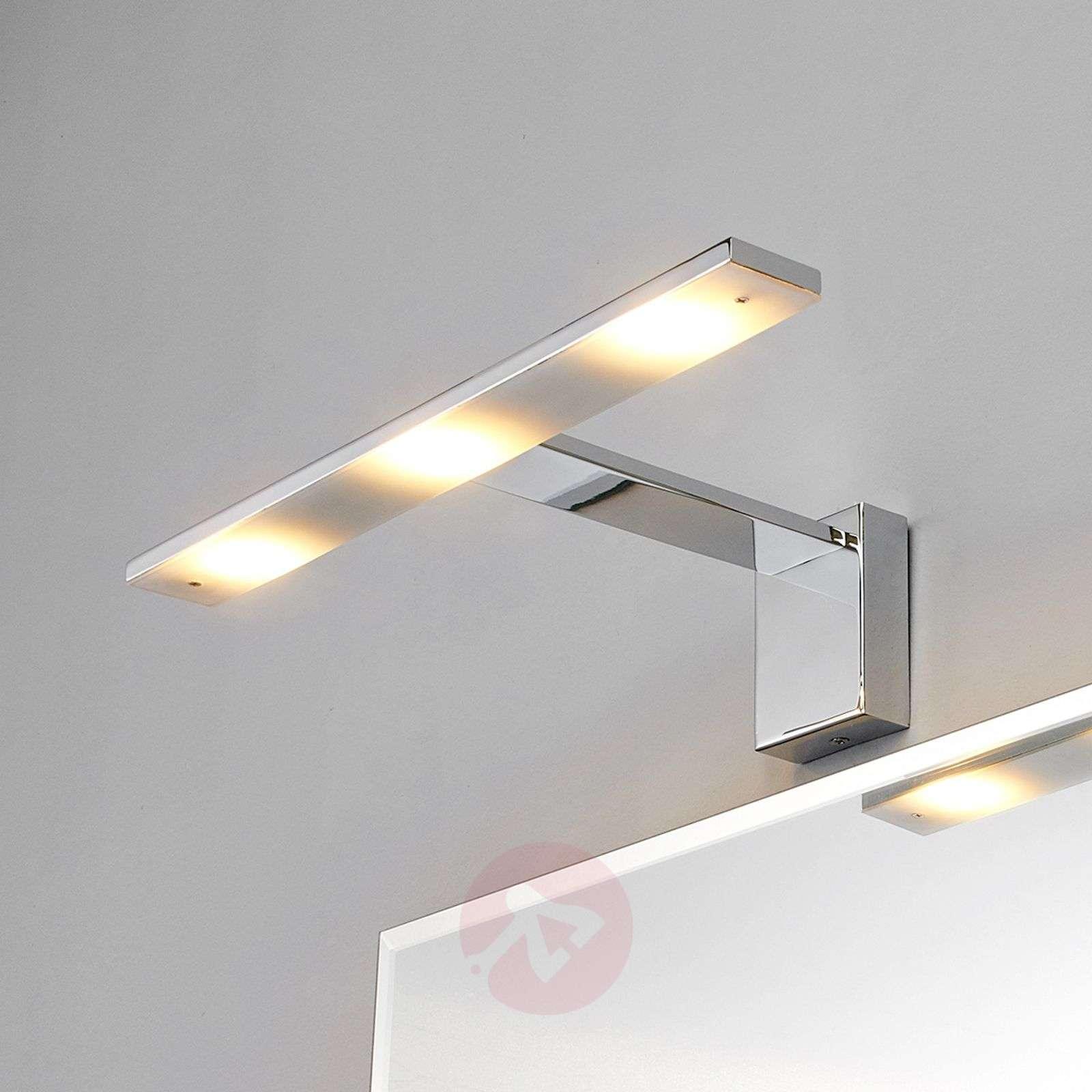 Tyylikäs LED-peilivalaisin Lorik, kromi