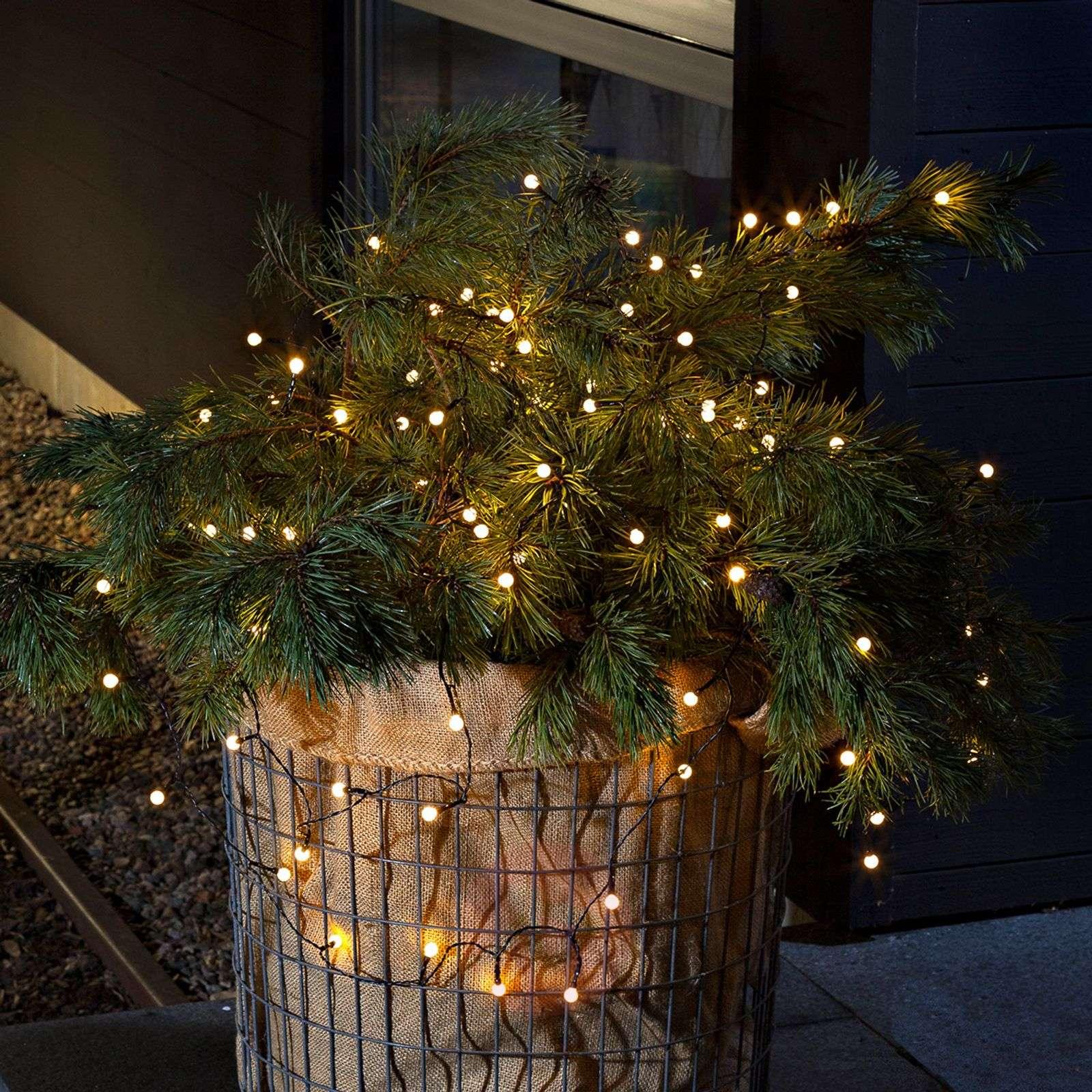 Poimi Tukesin vinkit: Näin tiedät sopivatko jouluvalosi ulkokäyttöön