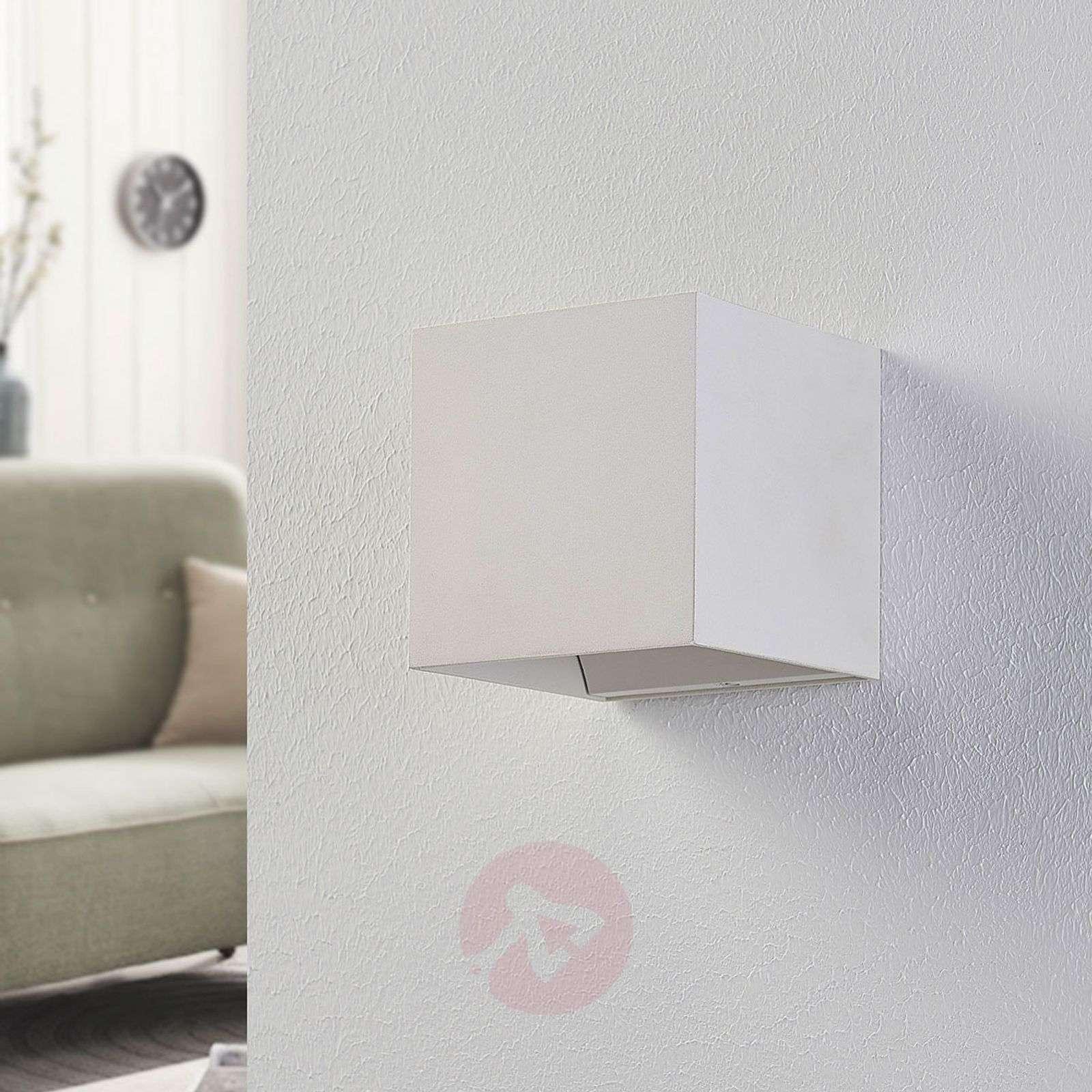 Valkoinen LED-seinävalaisin Esma, kuutiomainen-9621791-01
