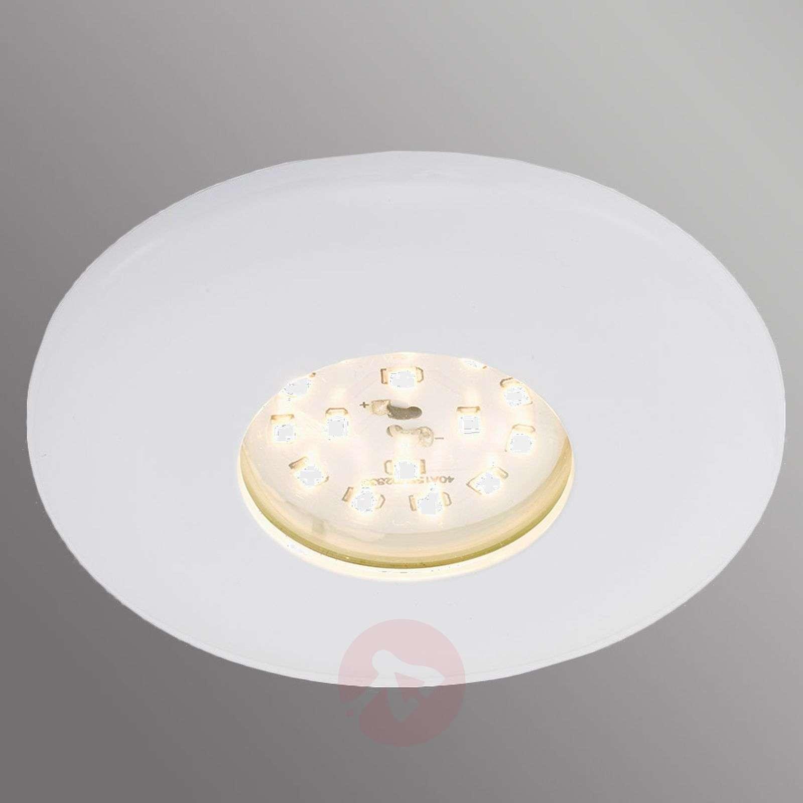 Valkoinen Shower-LED-uppokohdevalaisin, IP65-1510316-04