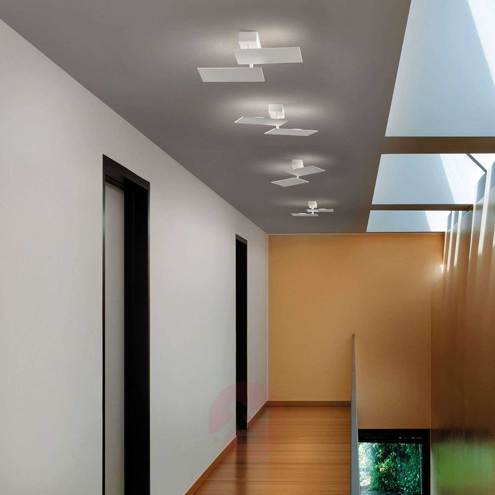 Vapaasti säädet. LED-katto ja seinävalaisin Time-1552055-01