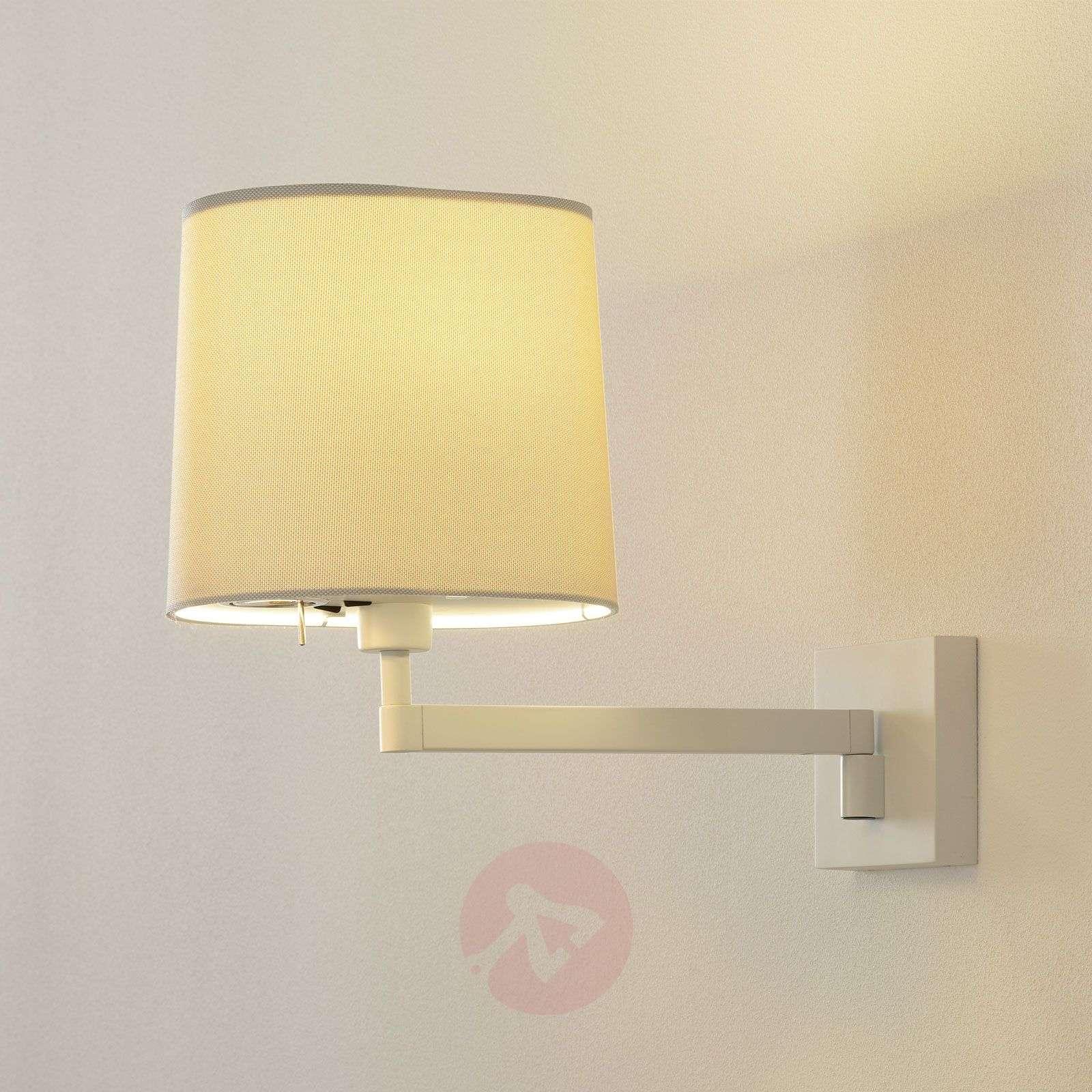 Vibia Swing – seinävalaisin, jossa integroitu LED-9515081-01
