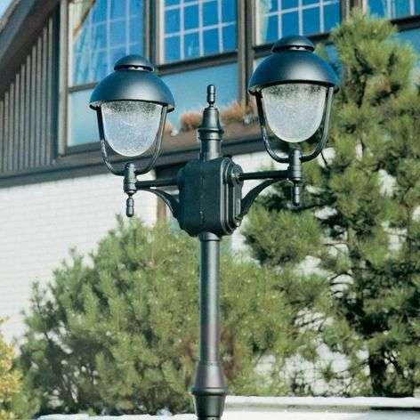 2-lamppuinen lyhtypylväs 695
