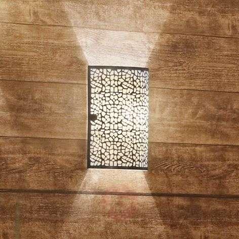 ALMERA-seinävalaisin upean näyttävänä