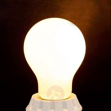E27-LED-filamenttilamppu 7 W 806 lm 2700 K opaali