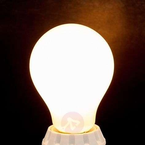 E27-LED-filamenttilamppu 8W 1055 lm 2700 K opaali