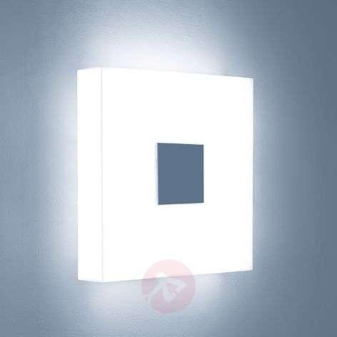 Hillitty etupaneeli - LED-seinävalaisin Cubic C3