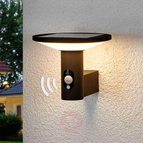 Jersy-LED-ulkoseinävalaisin aurinkopaneelilla