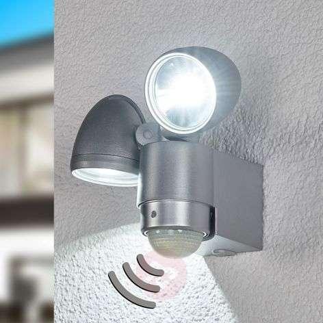 Kaksilamppuinen RADIAL LED-ulkoseinävalaisin