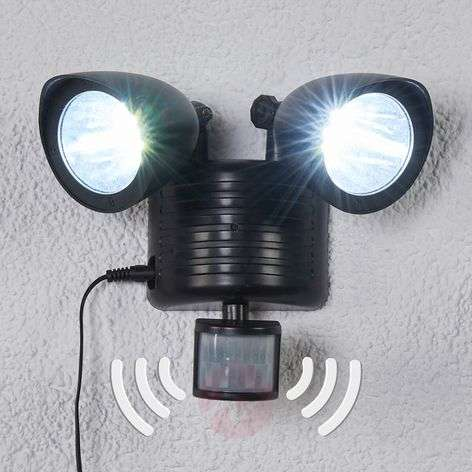 Kaksilamppuinen Tamar LED-aurinkovalaisin