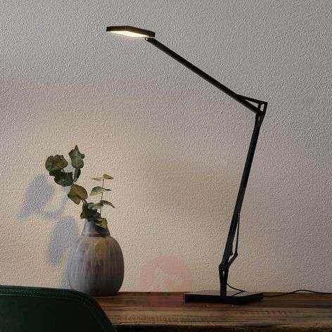Kelvin Edge -LED-kirjoituspöytälamppu, musta