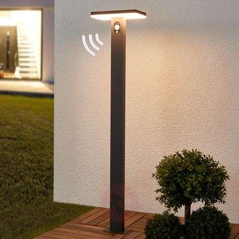 LED-pylväsvalo Josa aurinkopaneelilla + sensorilla