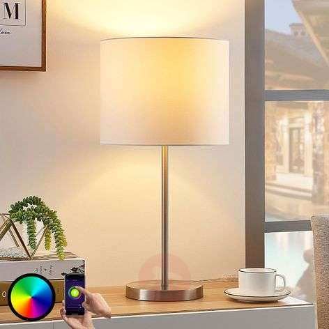 Lindby Smart kangaspöytävalaisin Everly, RGB-LED