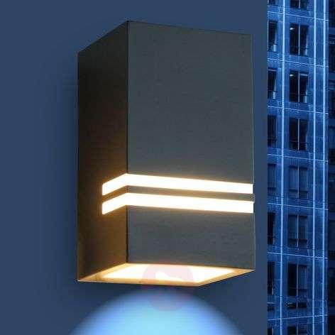 Stripes - puoleensavetävä LED-ulkoseinälamppu