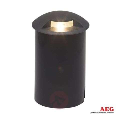 Yhdelle sivulle valaiseva LED-maaspotti Tritax