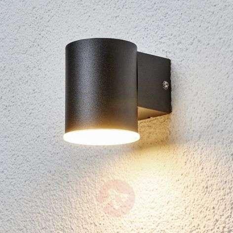 Yksinkertainen musta LED-ulkoseinävalaisin Morena