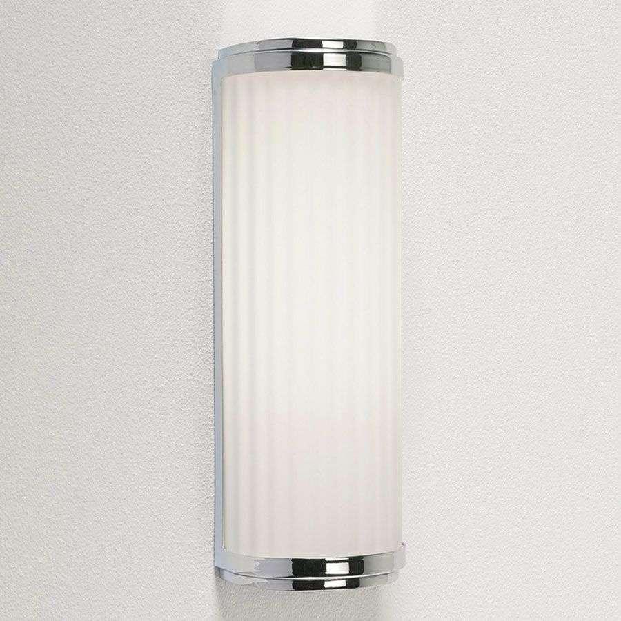 Miellyttävä kylpyhuone-seinävalaisin Monza Plus-1020291-33